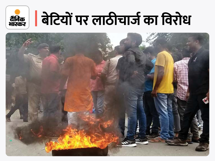 छात्र संगठनों का आज धनबाद बंद, कई जगहों पर पुलिस बल तैनात; प्रदशर्नकारियाें पर बरसी लाठियां|झारखंड,Jharkhand - Dainik Bhaskar
