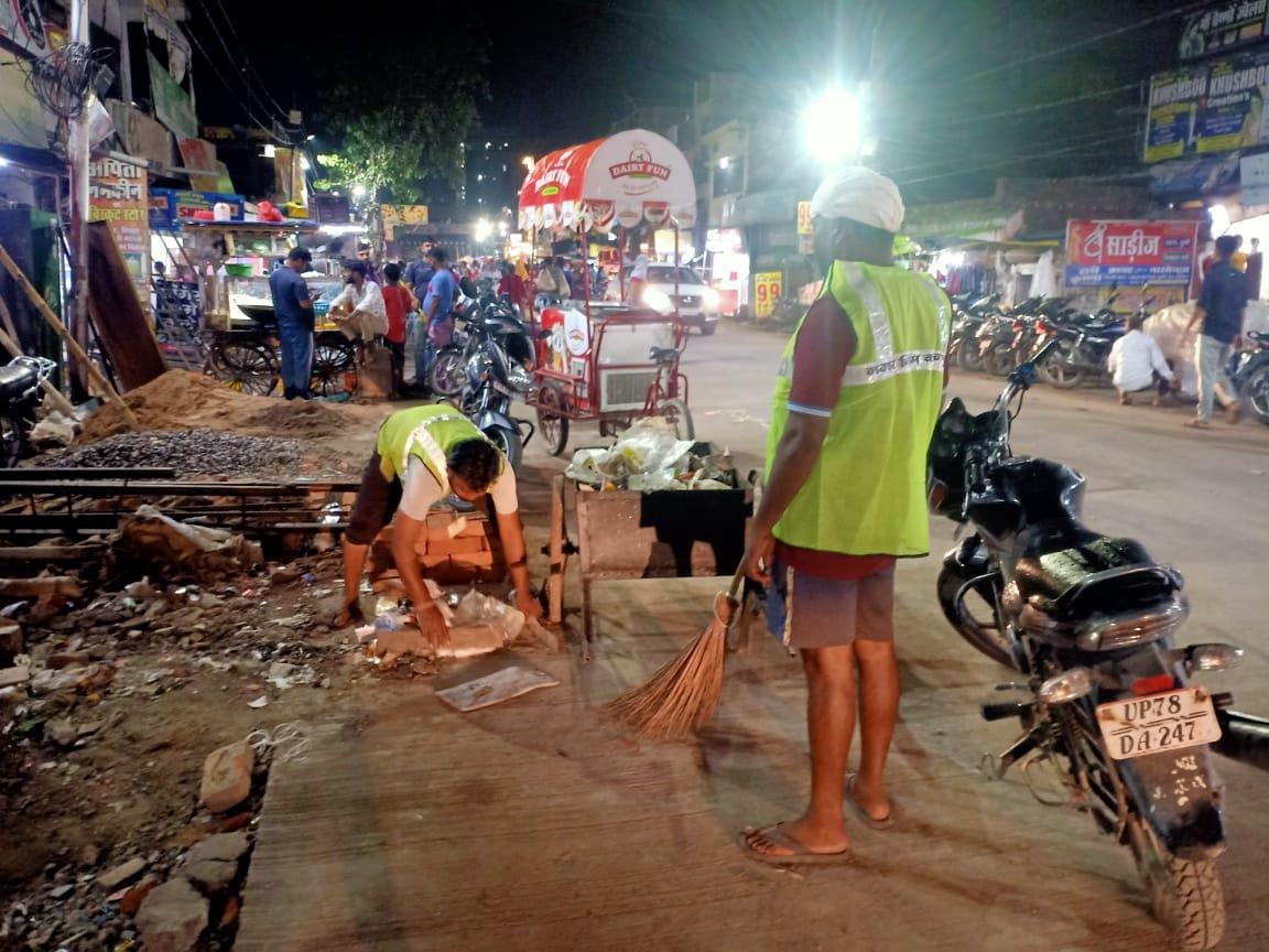 नगर निगम के सभी 6 जोन में 6-6 बड़े मार्केट, रोड और घनी आबादी वाले एरिया किए गए चिन्हित, सफाई के लिए बनाई गई टीमें|कानपुर,Kanpur - Dainik Bhaskar