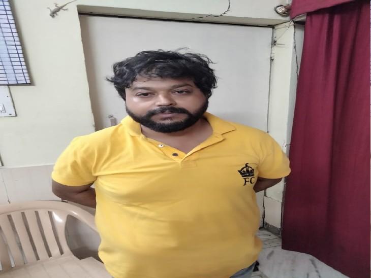 एनआरआई की मौत के बाद केयरटेकर ने फ्लैट का करा लिया फर्जी बैनामा, पत्नी की रिपोर्ट पर पुलिस ने किया गिरफ्तार|लखनऊ,Lucknow - Dainik Bhaskar