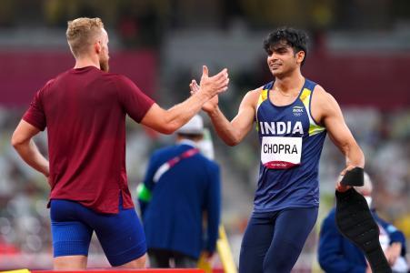 अपने पहले ही ओलिंपिक में नीरज ने गोल्ड जीता। पिछले रिकॉर्ड और अच्छी फॉर्म को देखते हुए देश को उनसे काफी उम्मीदें थीं।