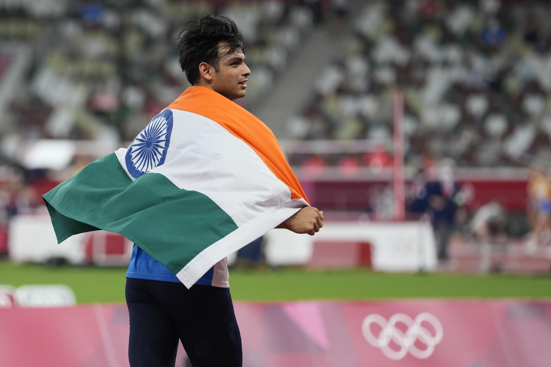 इवेंट के बाद नीरज ने तिरंगा ओढ़कर जश्न मनाया। भारत का यह टोक्यो ओलिंपिक में आखिरी इवेंट था और नीरज ने इसका स्वर्णिम अंत किया।