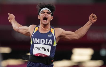 हालांकि इसके बाद भी नीरज ने कोशिश नहीं छोड़ी और दूसरे थ्रो में और बेहतर प्रदर्शन किया। उन्होंने दूसरे थ्रो में 87.58 मीटर दूर भाला फेंका।