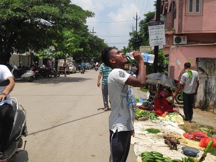 34 डिग्री तक पहुंचा पारा, चिलचिलाती धूप से लोग परेशान; मौसम विभाग ने कहा-आज हो सकती है बारिश|बिलासपुर,Bilaspur - Dainik Bhaskar