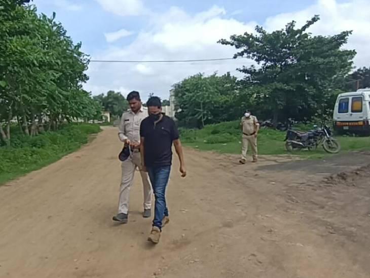 उमरिया के भाई-बहन को नौकरी लगवाने का कहकर 2 लाख से ज्यादा ठगे, खुद को बताया था CBI का डिप्टी कमिश्नर|जबलपुर,Jabalpur - Dainik Bhaskar