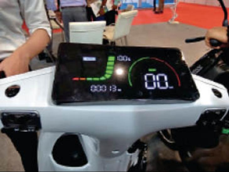 बदल जाएगा बाइकिंग का एक्सपीरियंस, कारों जैसा नेविगेशन सिस्टम, डैशबोर्ड पर मिलेगी रेस्त्रां और चार्जिंग स्टेशन की जानकारी|देश,National - Dainik Bhaskar