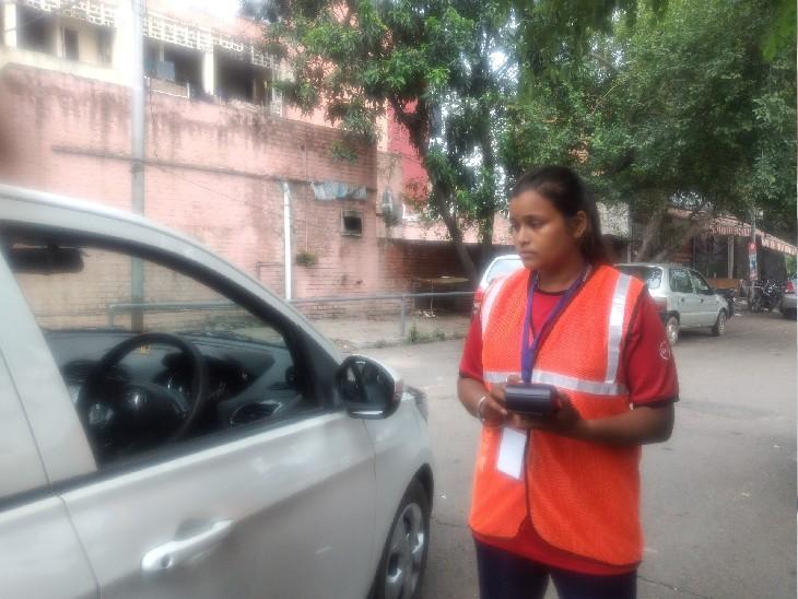 चंडीगढ़ की रितु ने नेशनल लेवल पर बॉक्सिंग में जीता मेडल, स्टेट लेवल पर भी किए कई मेडल अपने नाम, अब काटती है पार्किंग की पर्चियां|चंडीगढ़,Chandigarh - Dainik Bhaskar