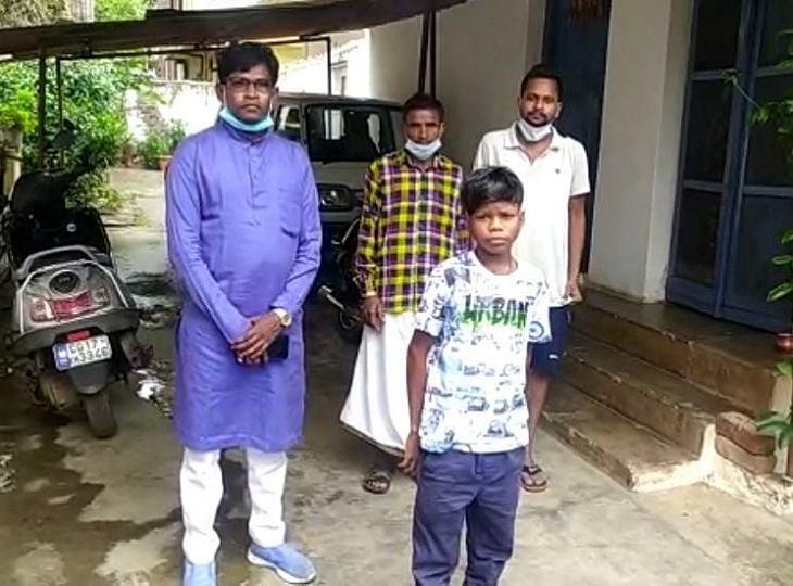 कहा -पहले कोई पूछता नहीं था, अब लोग मेरे साथ फोटो ले रहे; इंडियन आइडल में मौका मिलने पर दैनिक भास्कर को दिया धन्यवाद|जगदलपुर,Jagdalpur - Dainik Bhaskar
