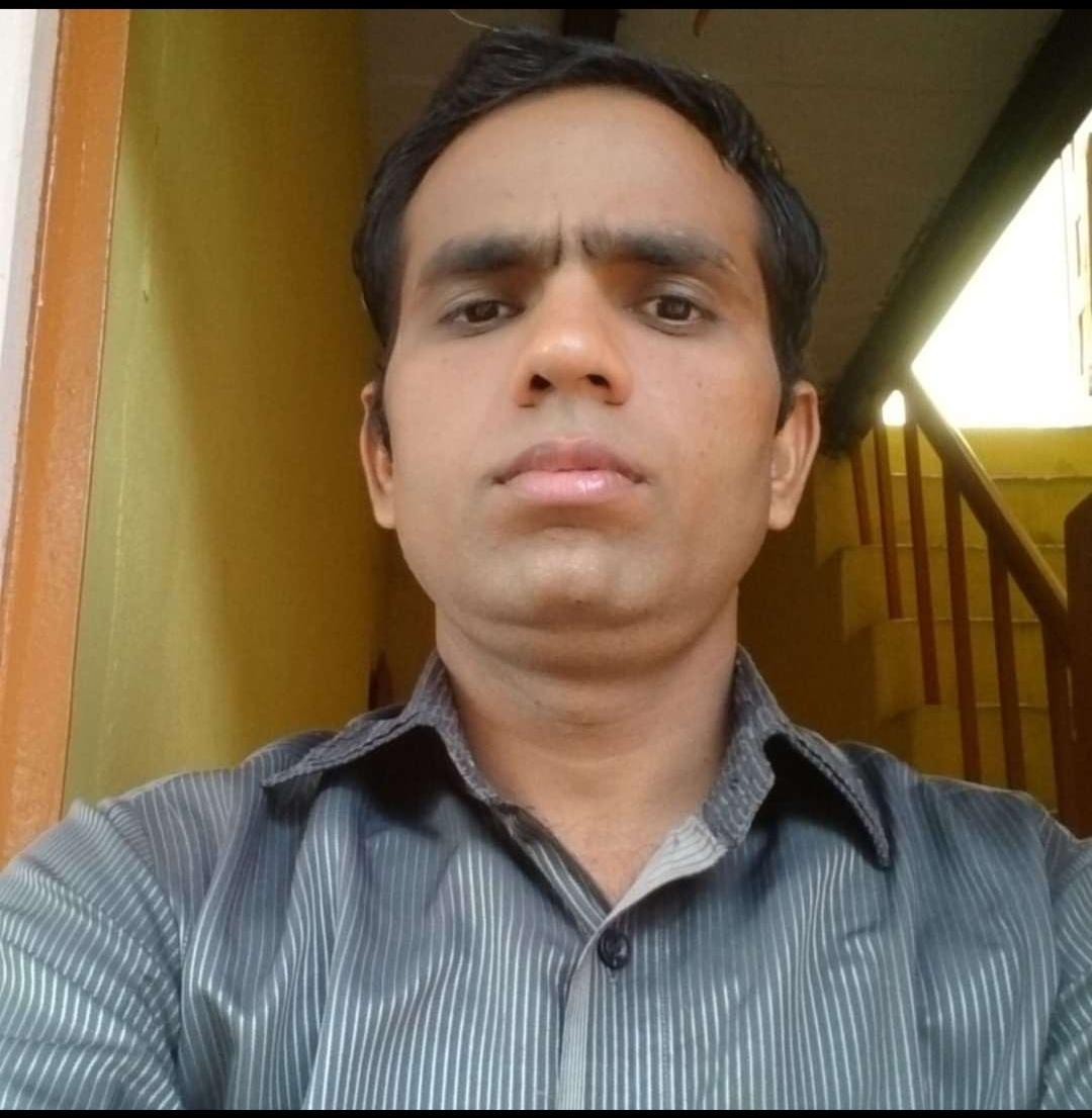 आरोपी महिला तक पहुंची पुलिस, बजीरपुरा से बाइक भी बरामद, अब महिला के पति की तलाश में पुलिस, लापता सेल्स ऑफिसर के बारे में नहीं चला पता|आगरा,Agra - Dainik Bhaskar