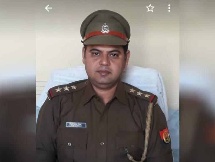 पर्स चोरी के मामले में शिकायकर्ता ने केस वापस लेने का दबाव बनाने का लगाया था आरोप, जांच में निर्दोष मिले यशपाल सिंह अलीगढ़,Aligarh - Dainik Bhaskar