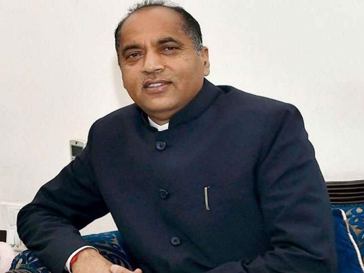 बालीचौकी दौरे पर पहुंचे मुख्यमंत्री जयराम ठाकुर का हेलीकॉप्टर भुंतर एयरपोर्ट से वापसी की उड़ान नहीं भर पाया। - Dainik Bhaskar