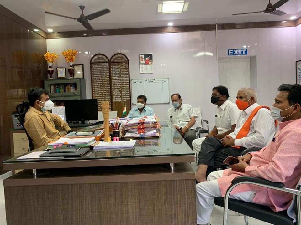 चौधरी चंद्रभान सिंह ने अपने समर्थकों के साथ की कलेक्टर से मुलाकात - Dainik Bhaskar