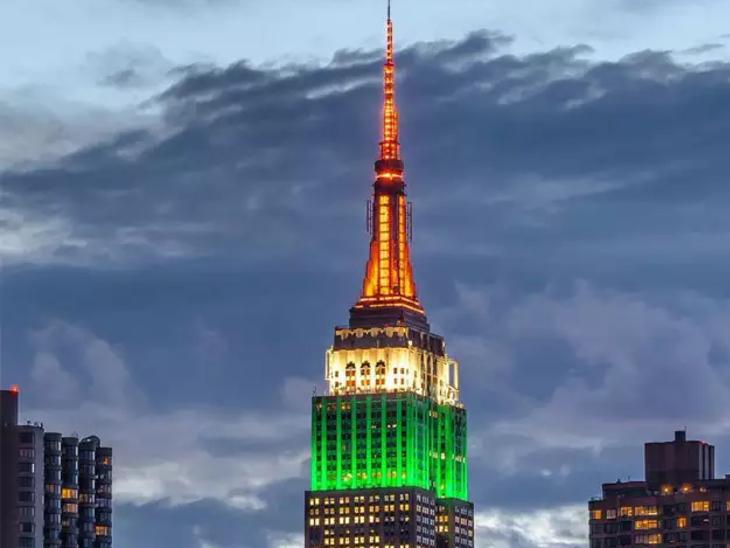 पिछले साल भी स्वतंत्रता दिवस पर एम्पायर स्टेट की बिल्डिंग तिरंगे से रोशन थी। इसकी तस्वीरें खूब शेयर की गई थीं।