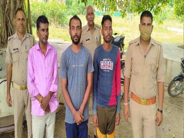 धर्मांतरण के आरोप में रिक्शा चालक को पीटा था, पुलिस ने बजरंग दल के दबाव में गिरफ्तार बवालियों को छोड़ा; उनकी जगह 3 अन्य को दबोचा|कानपुर,Kanpur - Dainik Bhaskar
