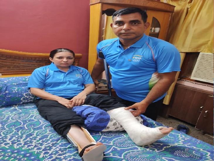 टेबल टेनिस प्लेयर मुकेश और पूनम ने पिछले साल किया था क्वालिफाई; महीनों से कर रहे थे प्रैक्टिस, अब पूनम के घुटने में आया फ्रैक्चर|परफॉर्मेंस (भारत),India Performance - Dainik Bhaskar