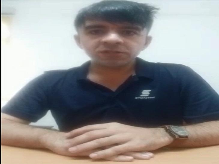 अफगानिस्तान से भागकर भारत आया सईद सबतुला। सोलन जिले की डॉ. यशवंत सिंह परमार (नौनी) यूनिवर्सिटी में पढ़ता है। - Dainik Bhaskar
