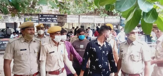 मोबाइल, सोने की चेन-अंगूठी, वारदात में इस्तेमाल रस्सी समेत अन्य सामान बरामद करेगी पुलिस कोटा,Kota - Dainik Bhaskar