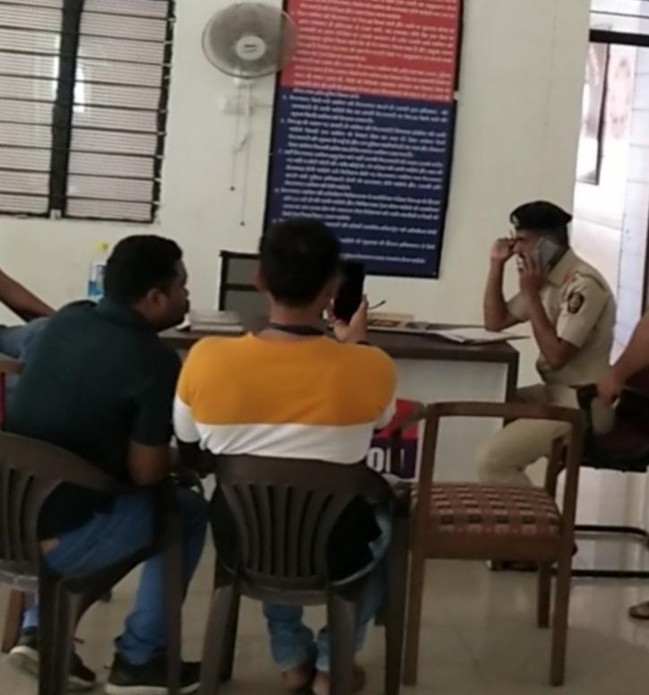 लखनऊ की लड़की के प्रेम जाल में फसकर महाराष्ट्र के प्राचार्य ने किया आत्महत्या, हनीट्रैप गैंग की तलाश में सिम कार्ड डीलरों से चल रही पूछताछ|लखनऊ,Lucknow - Dainik Bhaskar