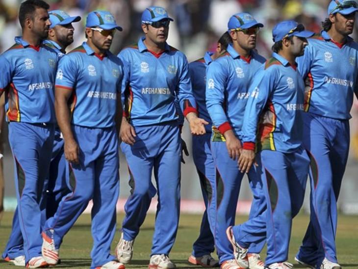 क्रिकेट पर गिर सकती है गाज, श्रीलंका टूर और वर्ल्ड कप में जाना भी तय नहीं; फुटबॉल और महिला खिलाड़ी अब दुआओं के भरोसे|देश,National - Dainik Bhaskar