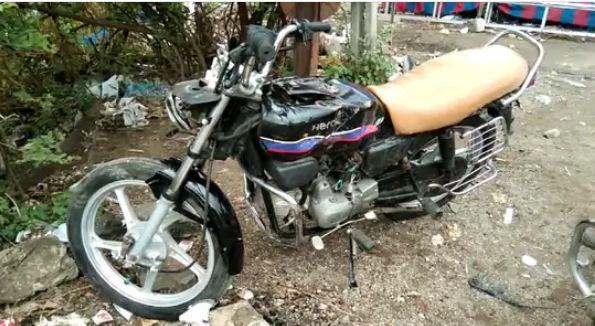 The miscreants also vandalized a bike.