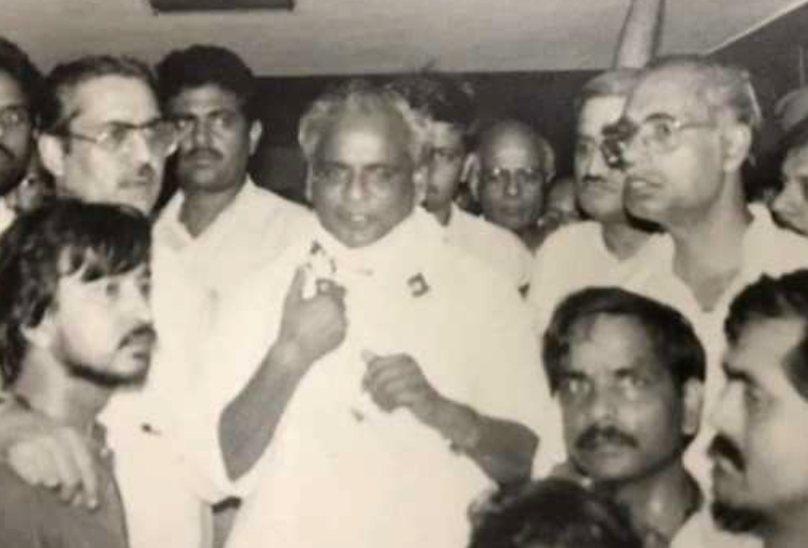 वाराणसी में बोले थे कल्याण- माफिया को देखते ही कर दो शूट, चुनाव जीतकर आते ही कतरे थे राजा भइया और मुख्तार के पर|वाराणसी,Varanasi - Dainik Bhaskar