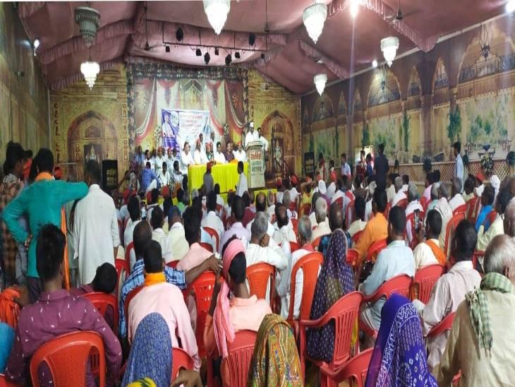 जिलों में होने वाले कार्यक्रम में जुट रही भीड़ से जागने लगी उम्मीद। - Dainik Bhaskar