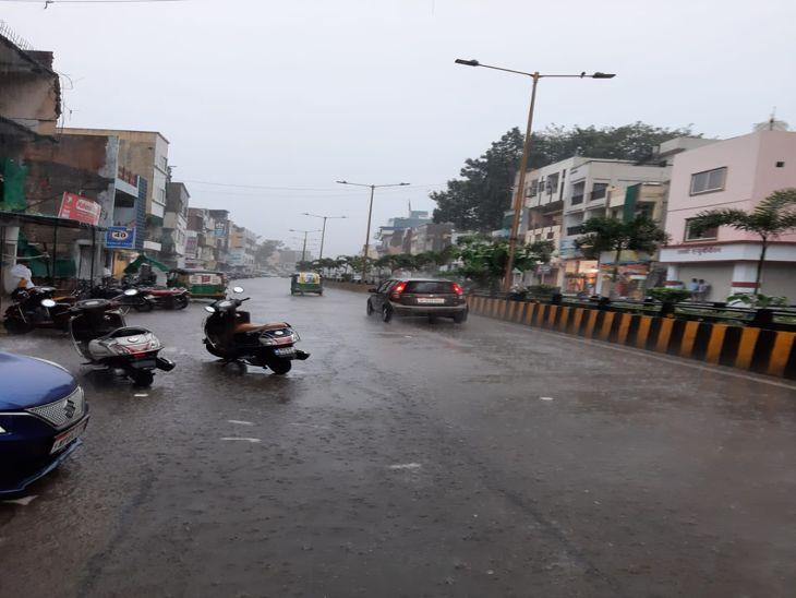 इंदौर में 15 घंटे में करीब 3 इंच बरसा पानी, दो दिन तेज बारिश की संभावना|इंदौर,Indore - Dainik Bhaskar