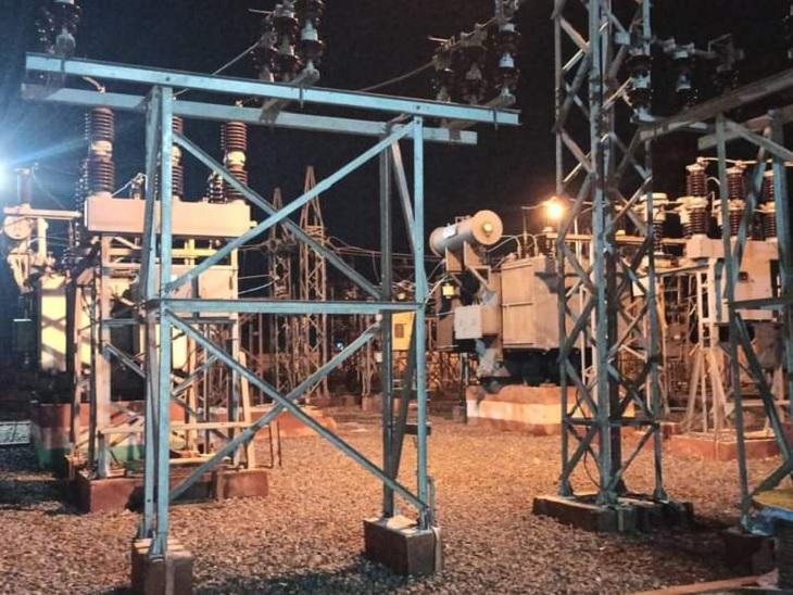 आशियाना कॉलोनी में 24 घंटे तक बिजली आपूर्ति रही बाधित, एक फॉल्ट सही करने में लेसा को 14 घंटे लगे|लखनऊ,Lucknow - Dainik Bhaskar