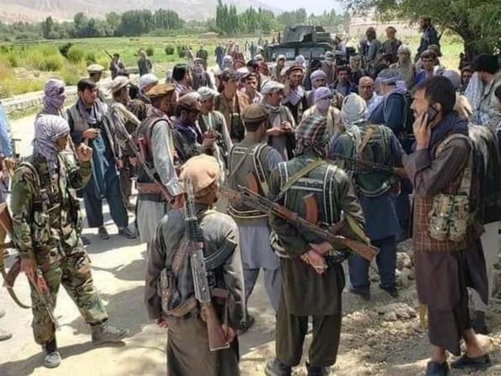 पंजशीर के लड़ाकों का 300 तालिबानियों को मार गिराने का दावा, रास्ते में घात लगाकर किया हमला|विदेश,International - Dainik Bhaskar