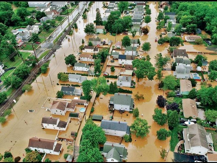 अमेरिका के टेनेसी प्रांत में बादल फटने से आई बाढ़ ; 22 मौतें, 55 लापता|विदेश,International - Dainik Bhaskar