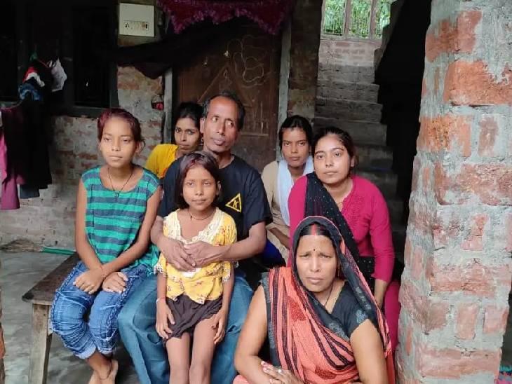 तालिबान के कब्जे के बाद चिंतित थे परिजन, घर वापसी होते ही खुशी से झूम उठा परिवार महराजगंज,Maharajganj - Dainik Bhaskar