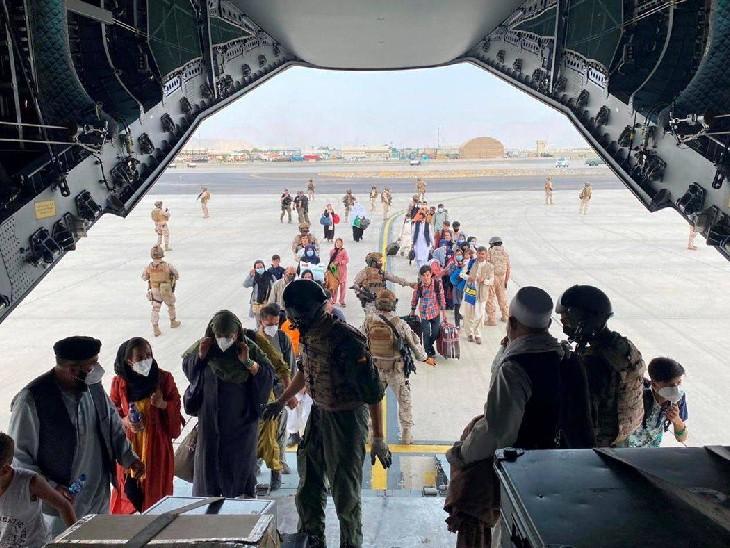 अमेरिकी राष्ट्रपति ने कहा- काबुल में सेना पर आतंकी हमले का खतरा, 31 अगस्त तक वापस बुलाना ही होगा|विदेश,International - Dainik Bhaskar
