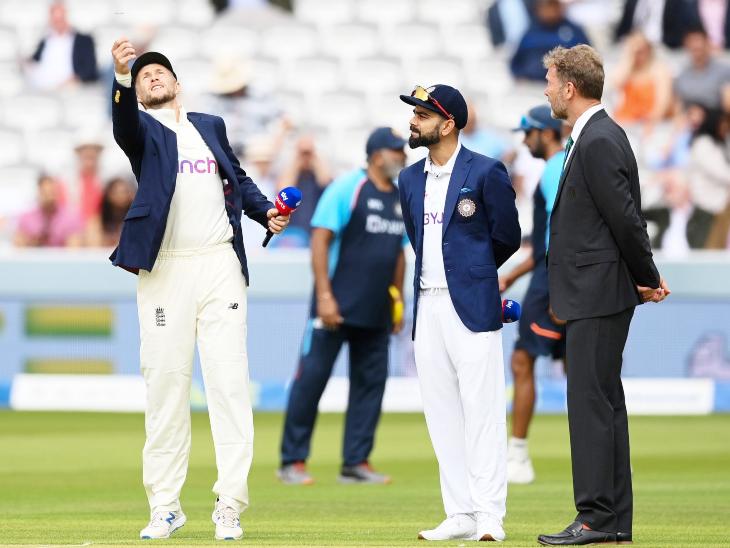 टॉस के दौरान इंग्लैंड के कप्तान जो रूट और भारतीय कप्तान विराट कोहली।