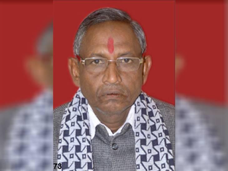 रीवा जिले के मनगवां विधायक ने महाप्रबंधक को लिखा पत्र, कहा- रोक दो सड़क निर्माण का कार्य, और ठेकेदार ने बंद कर दिया काम|रीवा,Rewa - Dainik Bhaskar
