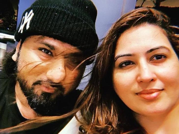 सुनवाई के दौरान जज के सामने रोने लगीं हनी सिंह की पत्नी शालिनी तलवार, 3 सितम्बर को कोर्ट में पेश होंगे सिंगर|बॉलीवुड,Bollywood - Dainik Bhaskar