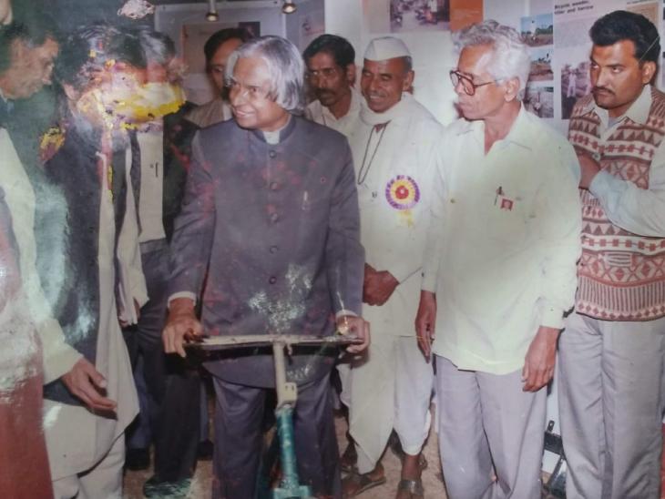 सुभाष ने जब पहली मशीन तैयार की थी तब पूर्व राष्ट्रपति अब्दुल कलाम ने उनकी तारीफ की थी और उन्हें सम्मानित किया था।