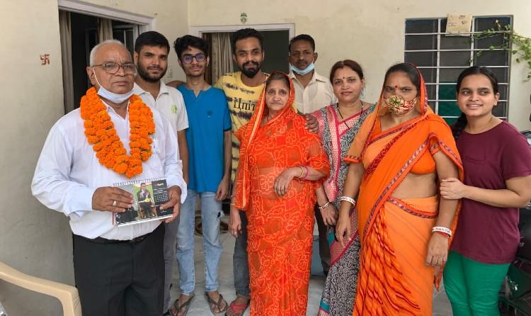 ढोल नगाड़ों के साथ शुरू हुआ जश्न, परिवार बोला- शूटिंग के साथ RJS की भी तैयारी कर रही बेटी; खेल और पढ़ाई दोनों में है अव्वल|जयपुर,Jaipur - Dainik Bhaskar