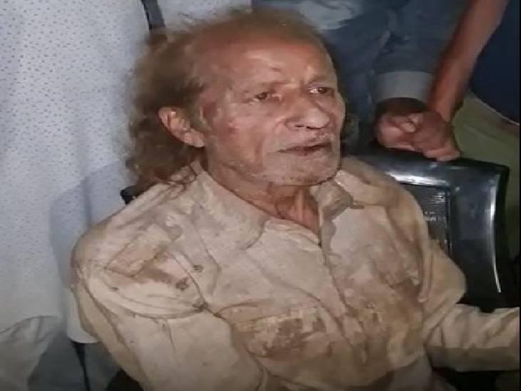 बरेली में 15 दिनों तक बाप को नहीं दिया खाना, छाती पर चढ़कर कर रहे पिटाई; चीखने की आवाज आई तो पड़ोसियों ने बचाया|बरेली,Bareilly - Dainik Bhaskar