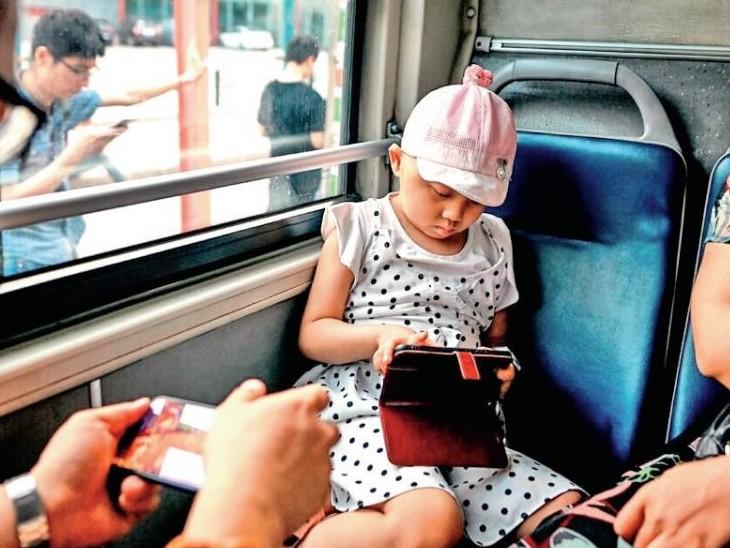 चीन सरकार के आंकड़ों के मुताबिक देश के 62% नाबालिग ऑनलाइन गेम्स खेलते हैं। - Dainik Bhaskar