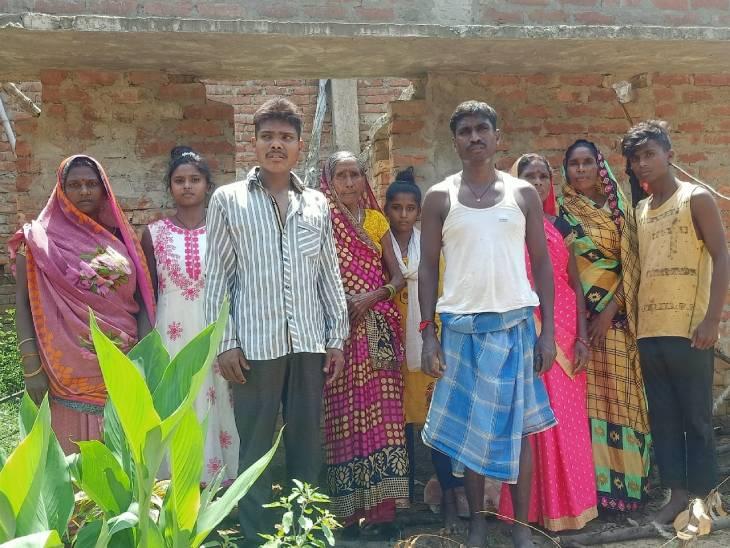 10 साल की उम्र में घर छोड़कर भाग गया था, 14 सालों से इंदौर के होटल में कर रहा था बंधुआ मजदूरी|सोनभद्र,Sonbhadra - Dainik Bhaskar