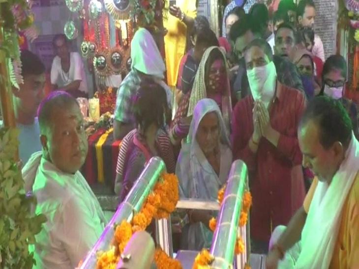 कालभैरव मंदिर में उमड़ी श्रद्धालुओं की भीड़।