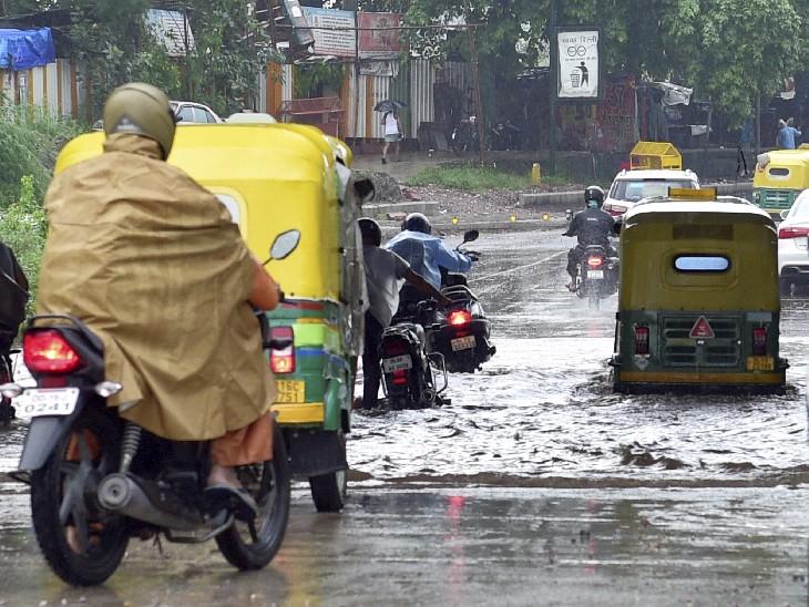 19 साल बाद सितंबर में दिल्ली ने देखी इतनी बारिश; सड़कों पर घुटनों तक पानी भरा, मौसम विभाग ने कहा- जरूरी न हो, तो घर से न निकलें देश,National - Dainik Bhaskar