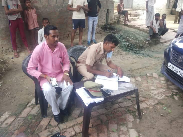 घर में बदहवास मिलने पर परिजन ले गए अस्पताल, डॉक्टरों ने किया मृत घोषित; बेटे ने पड़ीसी पर हत्या का लगाया आरोप|हरदोई,Hardoi - Dainik Bhaskar