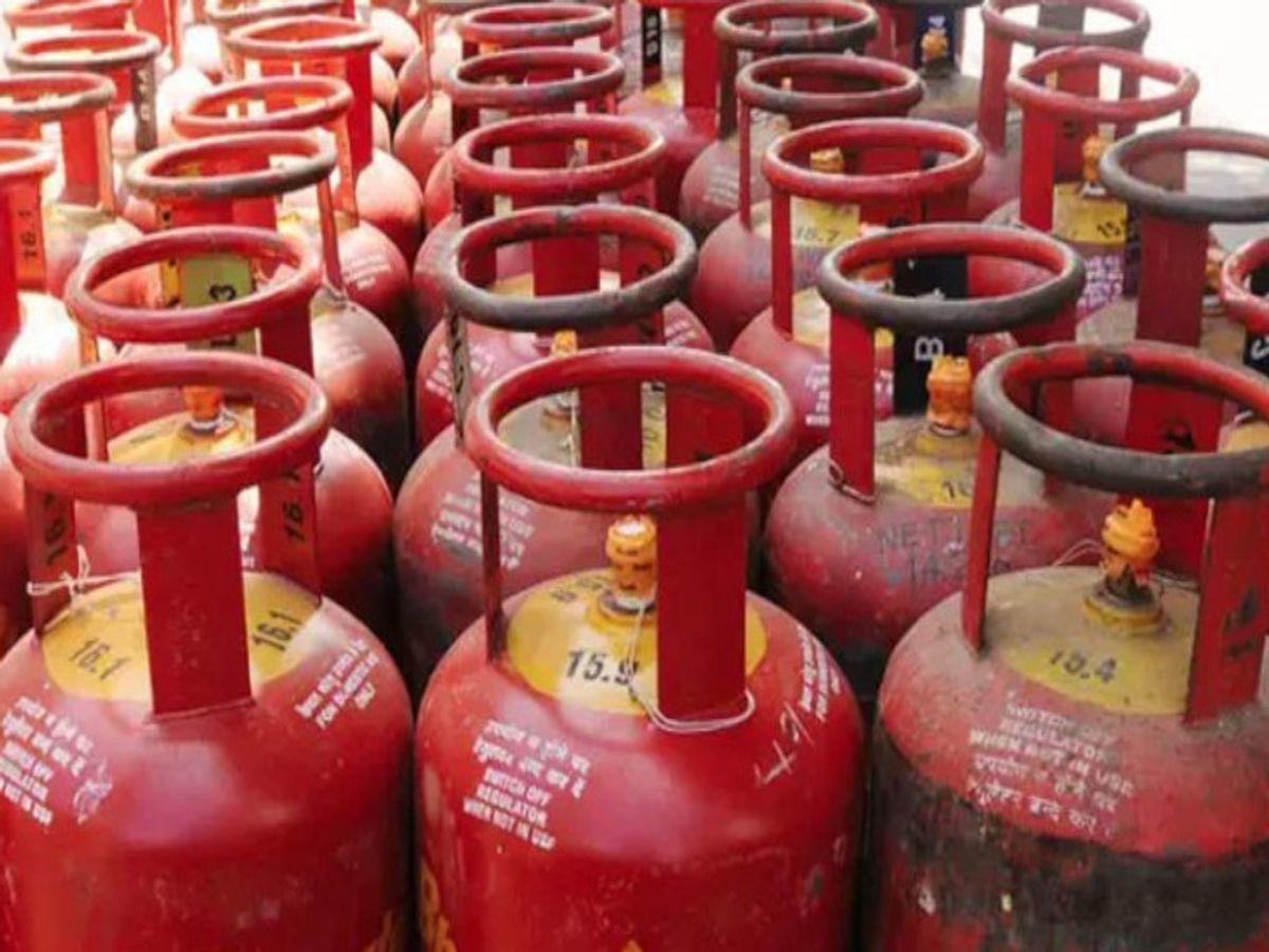 उज्जैन में रसोई गैस सिलेंडर 944.50 रुपए का हुआ, 9 महीनों में 190.50 रुपए दाम बढ़ गए|उज्जैन,Ujjain - Dainik Bhaskar
