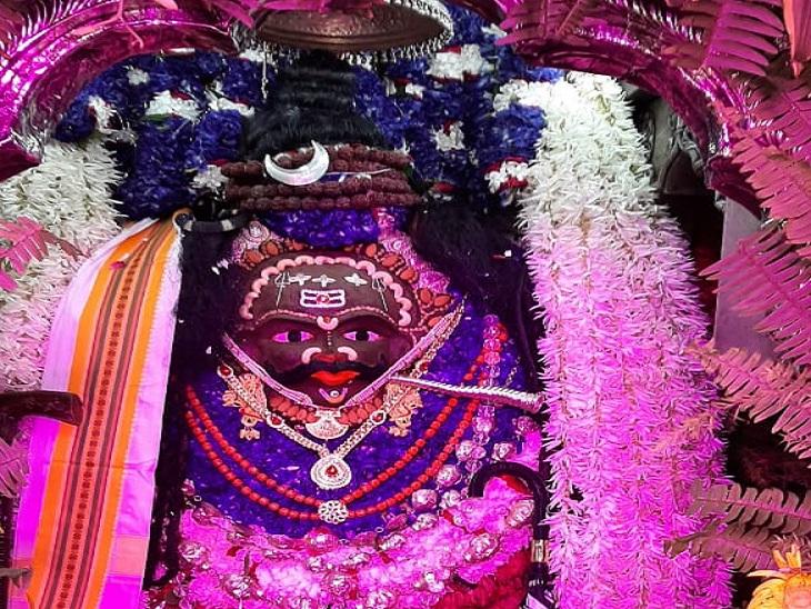 वाराणसी में 107वें वर्ष बाबा कालभैरव का हरियाली महोत्सव, दरबार में लगी भक्तों की कतार; दर्शन-पूजन कर हुए निहाल|वाराणसी,Varanasi - Dainik Bhaskar