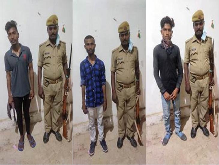 चौराहे पर खड़े होकर फब्तियां कसते थे शोहदे, वाराणसी की सिंधोरा थाने की पुलिस ने पकड़ा; सभी आरोपी एक ही गांव के|वाराणसी,Varanasi - Dainik Bhaskar