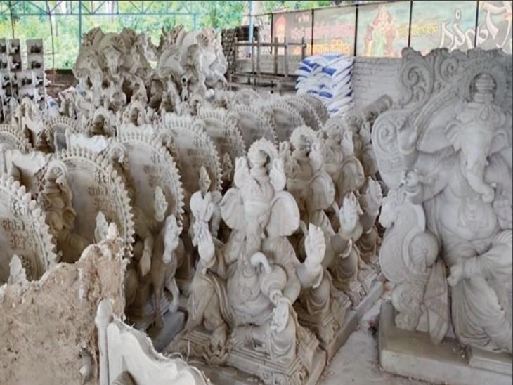 महाराष्ट्र के पेन इलाके में बनती हैं 3 करोड़ से ज्यादा मूर्तियां, 300 करोड़ का कारोबार; मूर्तिकारों को उम्मीद- ये गणेशोत्सव बड़ी खुशियां लाएगा|देश,National - Dainik Bhaskar