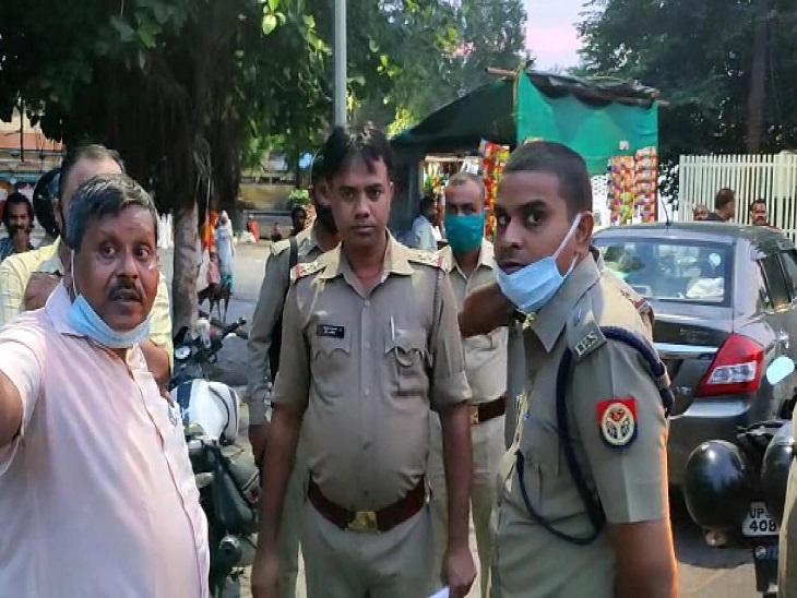 आगरा में साढ़े 5 लाख के चांदी के आभूषणों से भरा बैग उड़ा ले गए चोर, बस से राजस्थान के भीलवाड़ा ले जा रहा था कारोबारी|उत्तरप्रदेश,Uttar Pradesh - Dainik Bhaskar