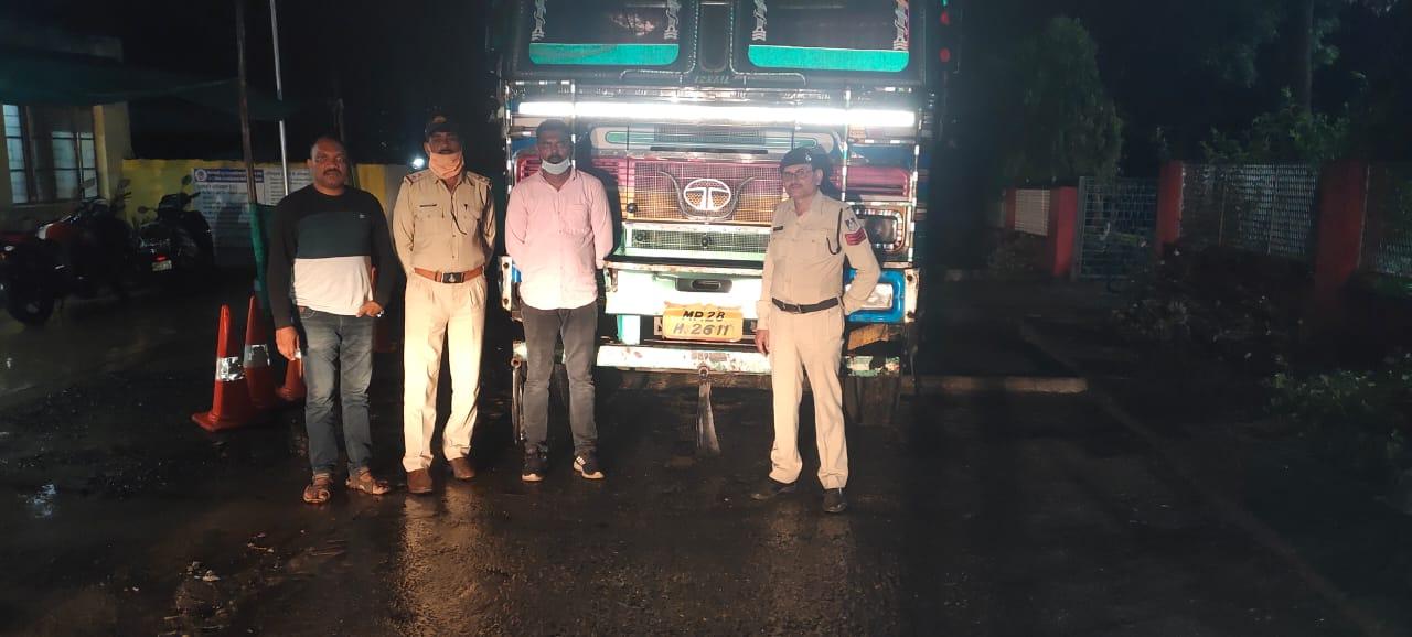 कर्जदारो से परेशान होकर ट्रक मालिक ने अपने रिश्तेदार के यहां छुपा दिया था ट्रक, जांच के बाद पुलिस ने मामले का किया पर्दाफाश|छिंदवाड़ा,Chhindwara - Dainik Bhaskar
