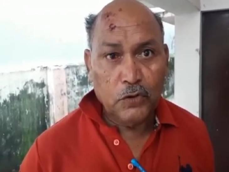 पुलिस चौकी में चल रही थी शराब पार्टी, विरोध करने पुलिस वालों ने ही मारकर किया घायल|सोनभद्र,Sonbhadra - Dainik Bhaskar