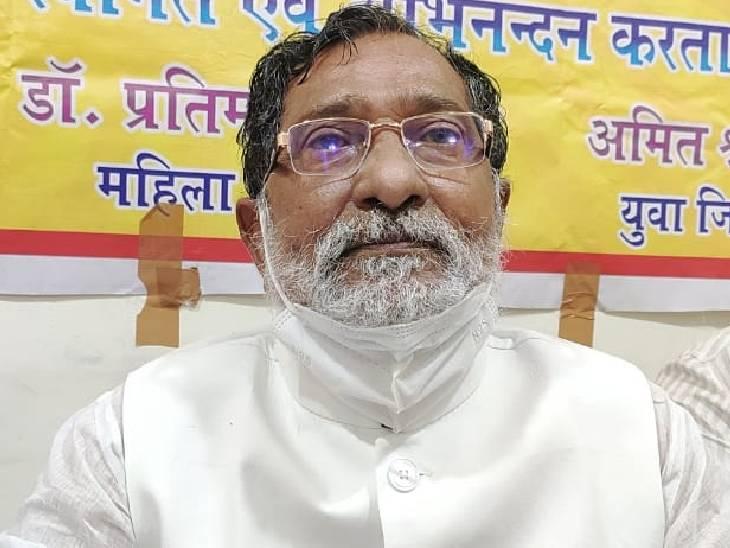बोले- सपा सरकार में हुआ विकास, भाजपा में हो रहा विनाश; अखिलेश ने मुद्दों को उठाया, सोनिया गांधी और मायावती कहां जौनपुर,Jaunpur - Dainik Bhaskar